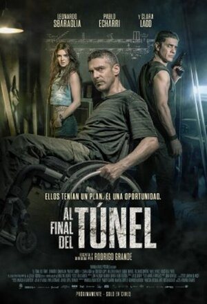 Al final del túnel (At the End of the Tunnel) (2016)