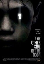 Kapinin Diger Tarafi (The Other Side of the Door) (2016)
